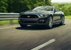 Ford Mustang Convertible EcoBoost Fastback Premium