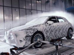 What Does Mercedes-Benz Do In Winters?