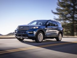 2020 FORD EXPLORER SWITCHES BACK TO REAR-WHEEL-DRIVE