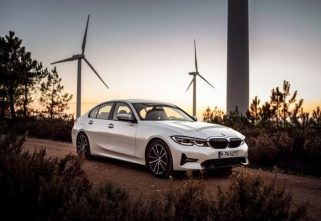 BMW Unveils Plug-In Hybrid Version Of The 3-Series With XtraBoost Technology