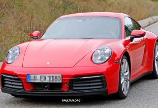 992-Generation Porsche 911 Spied Without Camouflage