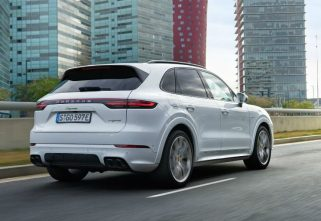 More Power In The Latest Iteration Of Porsche Cayenne E-Hybrid!