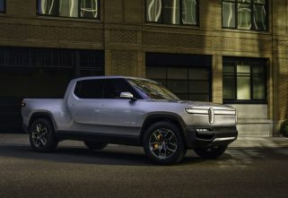 Rivian Unleashes R1T With 680Km Range